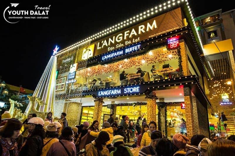 L'ANGFARM - Buffet, Thư giãn giữa phố chợ
