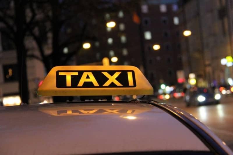 Số điện thoại và giá cước những hãng taxi Đà Nẵng giá rẻ