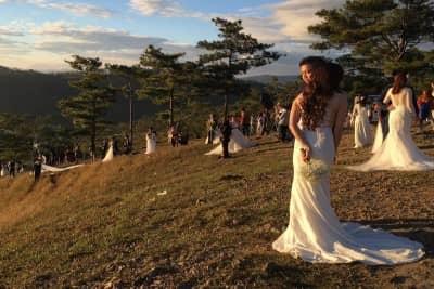 Đà Lạt mùa cưới '1 mét vuông đất có 1 cặp dâu rể'