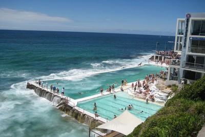 Những bể bơi nhân tạo đẹp nhất trên thế giới