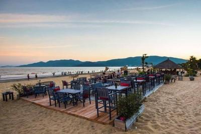 Đổi gió với quán bar trên biển cực 'hot' ở Quy Nhơn