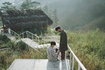 Bộ ảnh 'Stay With Me' siêu lãng mạn của cặp đôi đồng tính