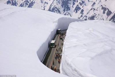 Cận cảnh những con đường nguy hiểm nhất Hành Tinh