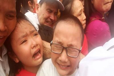 'Thảm cảnh' trong ngày giỗ tổ Hùng Vương tại Đền Hùng
