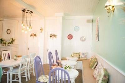 Full House coffee - Không gian cafe đẹp như 'STUDIO'