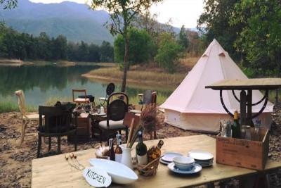 Thả hồn tại khu cắm trại bên hồ Chiang Mai (Thái Lan)