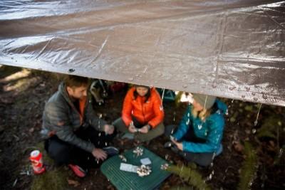 12 mẹo hữu ích cho chuyến cắm trại của bạn vào mùa mưa