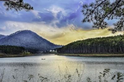 Một ngày bên hồ Tuyền Lâm