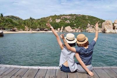 Cận cảnh cây cầu 'lội thẳng' ra biển đẹp nhất Việt Nam