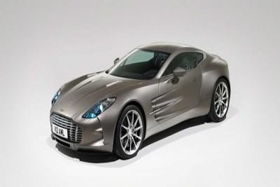 Thợ cơ khí Đà Lạt chế tác vỏ siêu xe Aston Martin One-77