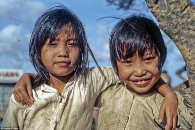 Loạt ảnh màu hiếm hoi về Việt Nam nửa thế kỷ trước