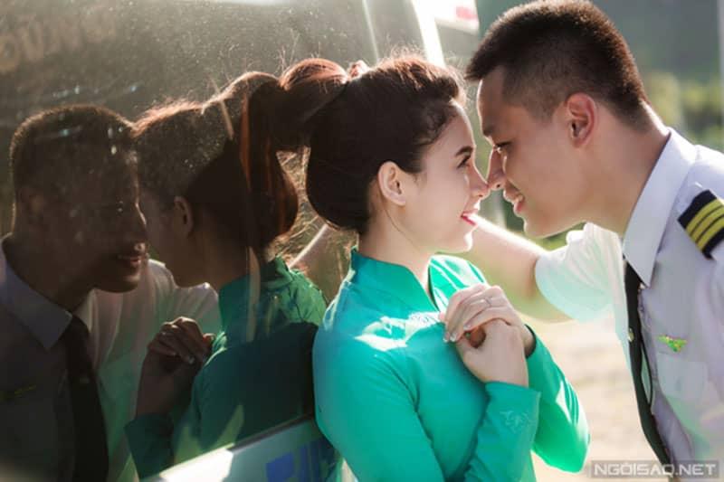 'Rụng rời' với bộ ảnh cưới 'Biển xanh nắng, anh và em' tại Đà Lạt và Vĩnh Hy